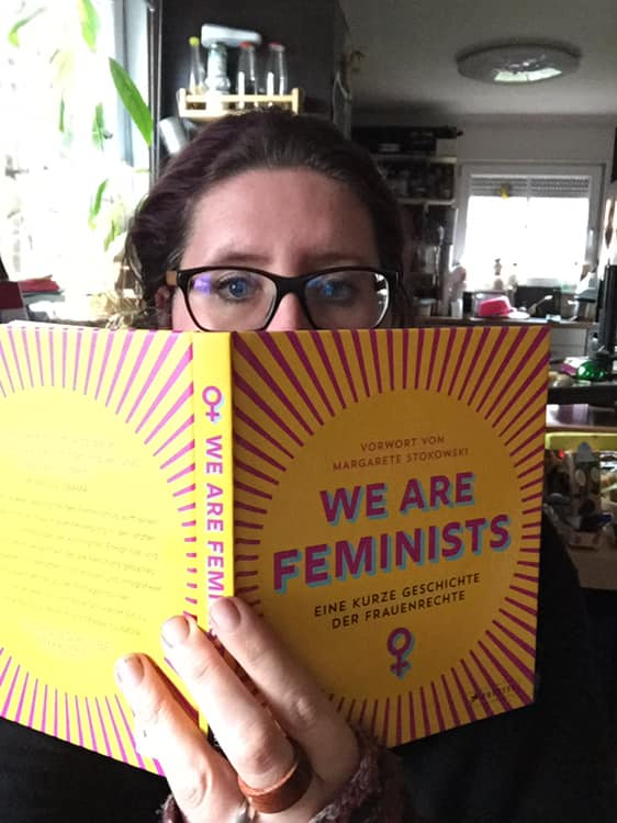 Coverbild mit Sabrina - We are feminist-Buch