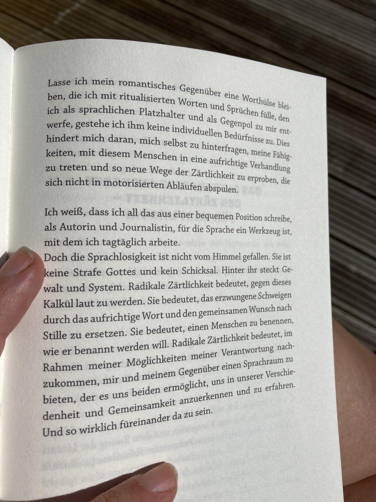 Şeyda Kurt - radikale Zärtlichkeit; Bild zeigt exemplarischen Absatz